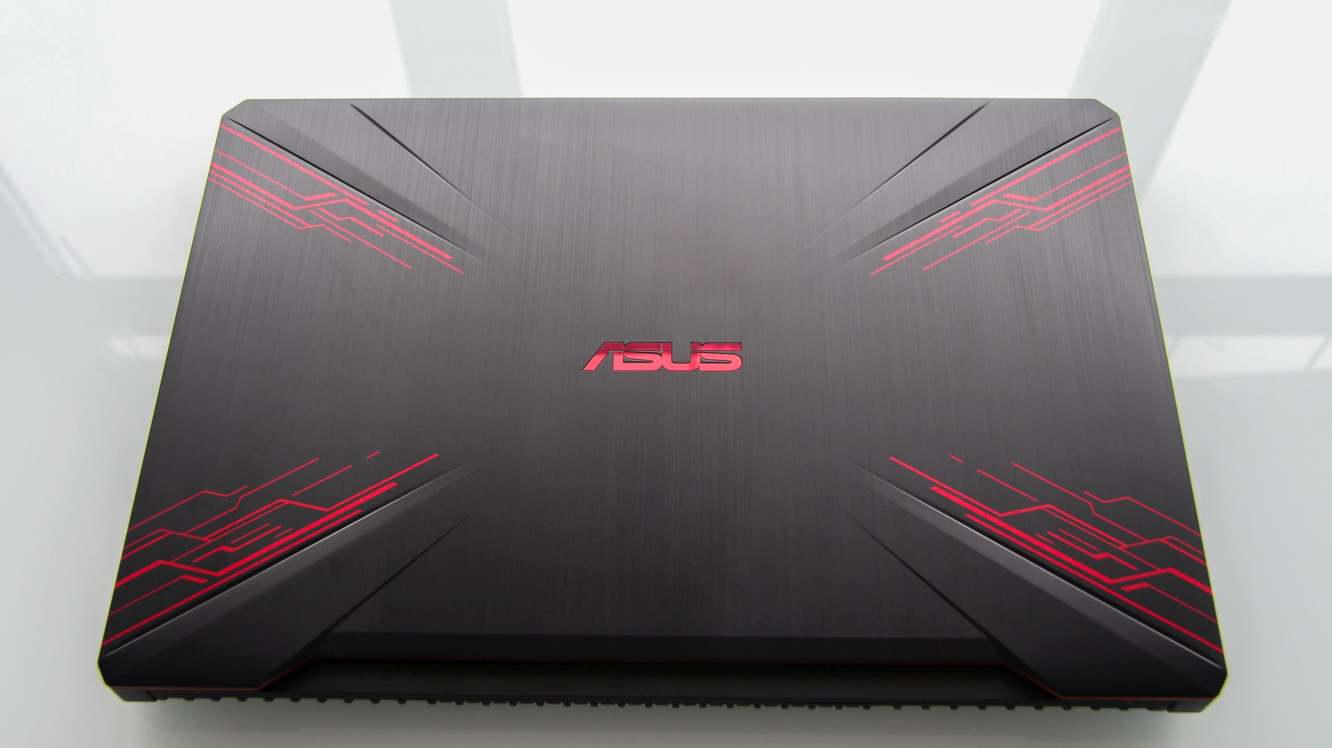 Asus TUF Gaming FX504 lcd cover