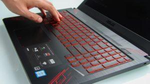 Asus TUF Gaming FX504 keyboard