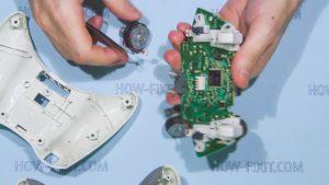 disassemble xbox 360 gamepad step 5